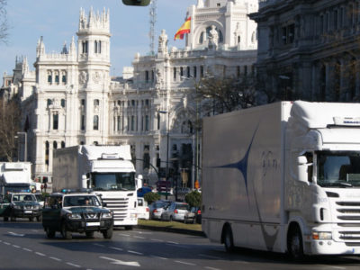 Reasons to hire professional fine art movers, SIT Spain