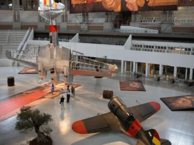"""SIT Spain and the aeroplanes of the exhibition """"Aeronàutica (Vol) Interior"""""""
