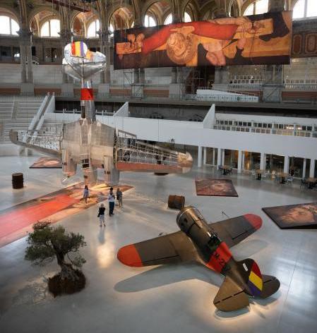 """SIT Spain y los aviones de época de la exposición """"Aeronàutica (Vol) Interior"""""""